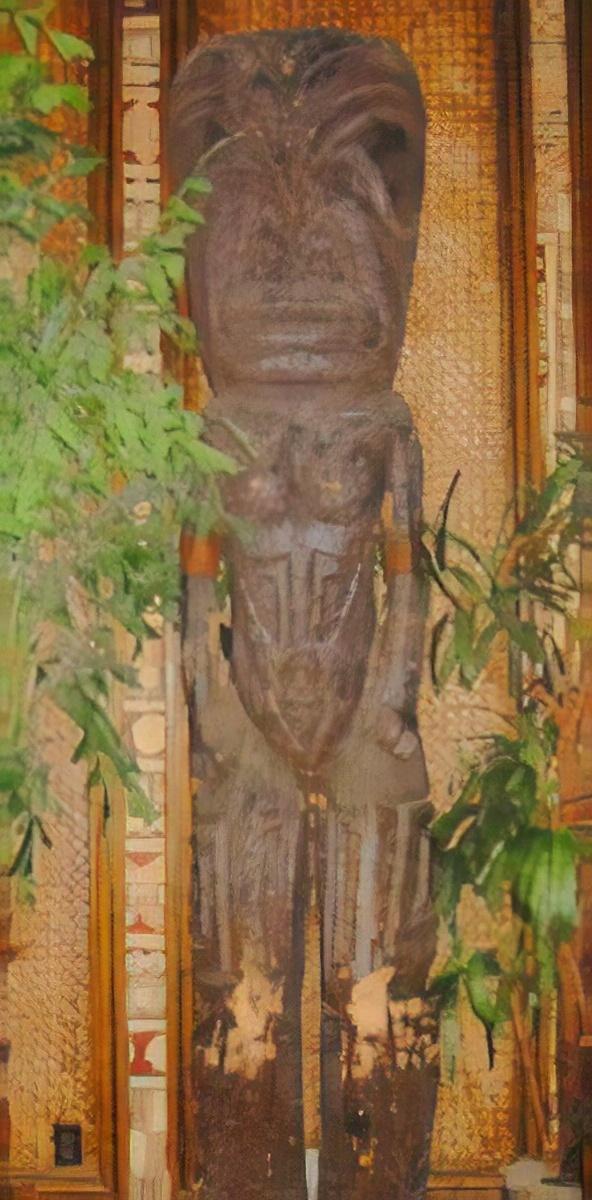 Tiki statue at the Tonga Room in San Francisco