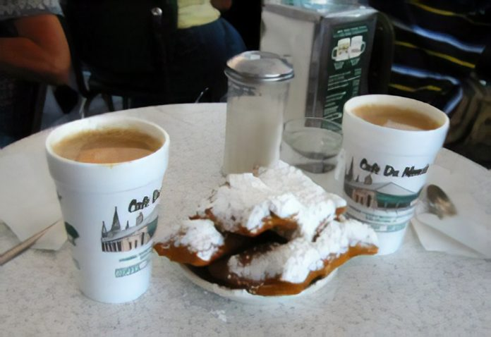 Beignets and cafe au lait at Cafe du Monde
