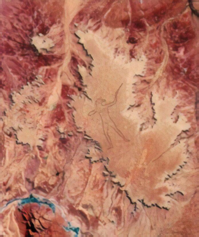 Satellite image of the Marree Man