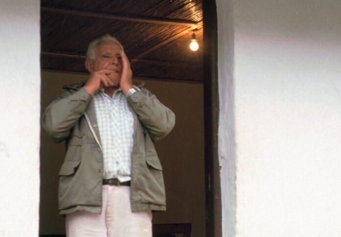 A man whistling in Silbo Gomero