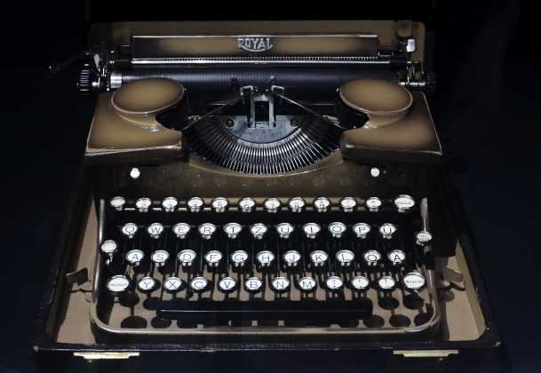 A manual typewriter