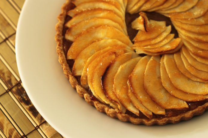 An apple tart (an approximation of apple pie)