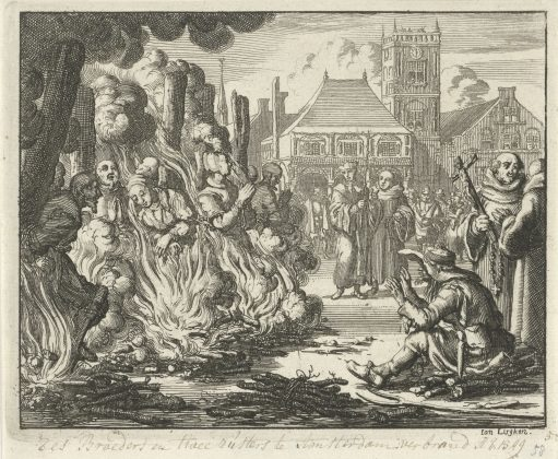 Jan Luyken, Zes mannen en twee vrouwen op de Dam voor het oude stadhuis levend verbrand (Six men and two women burned alive on the Dam in front of the old town hall), 1549
