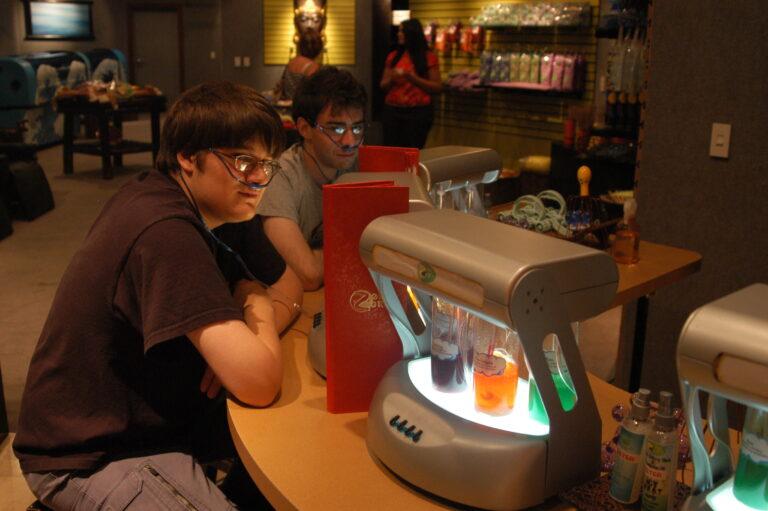 Patrons at an oxygen bar