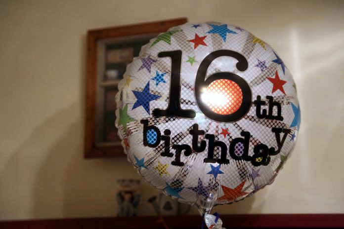 A 16th birthday balloon