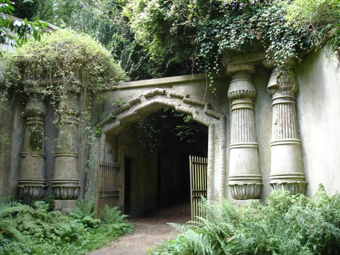 Egyptian Avenue at Highgate Cemetery