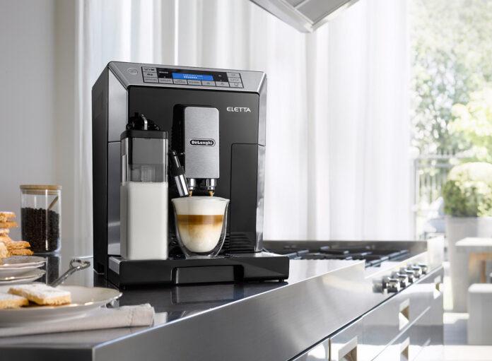 A De'Longhi Superautomatic Coffee Machine